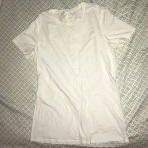 Lululemon white t-shirt
